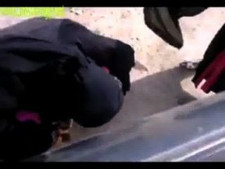 Indian Muslim Girls Pissing In Open Place
