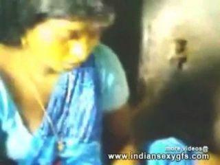 Indian Bhabhi First Time Fucking In Kichen