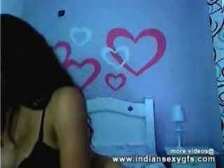 Indian Desi Aishi Private Expose Her Boobs And Pussy On Live Webcam