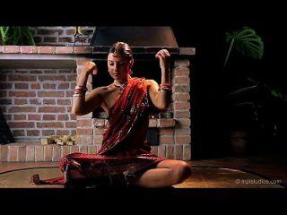 Gorgeous Skinny Indian Teen Erotic Dance & Finger-fucking