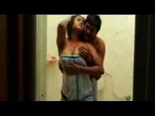 Young Mallu Girl Seducing A Boy For Romance