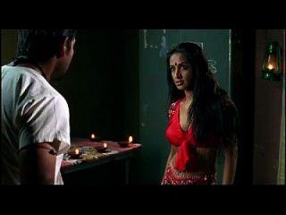 Anup Soni And Suchitra Pillai Kissing Scene - Karkash - Wild Kissing Scenes