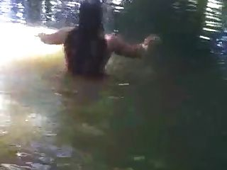 Bangla Girl Rina Bathing In Pond