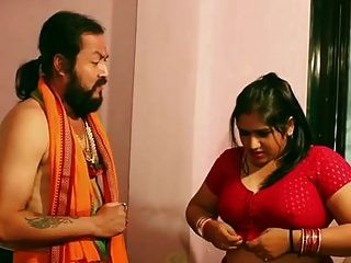 Swamiji Enjoying With Beautiful Bhabhi