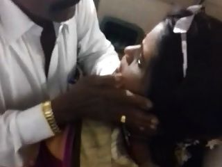22 South Indian Bigboobs Housewife In Train Hookup