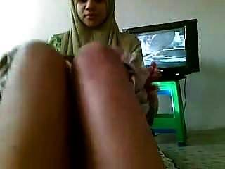 Desi Paki Syeda Ghaus Bj Suck Cum Hijab Burka Bf Randi Mms